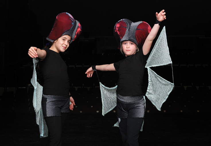 Costumes on stage - Flies